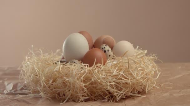 Změní zvětšení na vnořena do jiné vejce. Velikonoční vejce