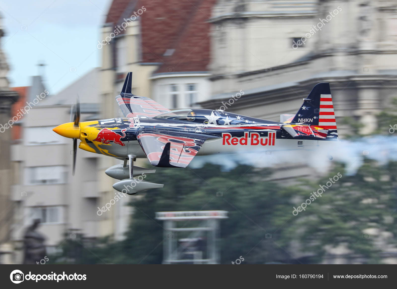 Red Bull Air Race In Budapest Redaktionelles Stockfoto Adameq2
