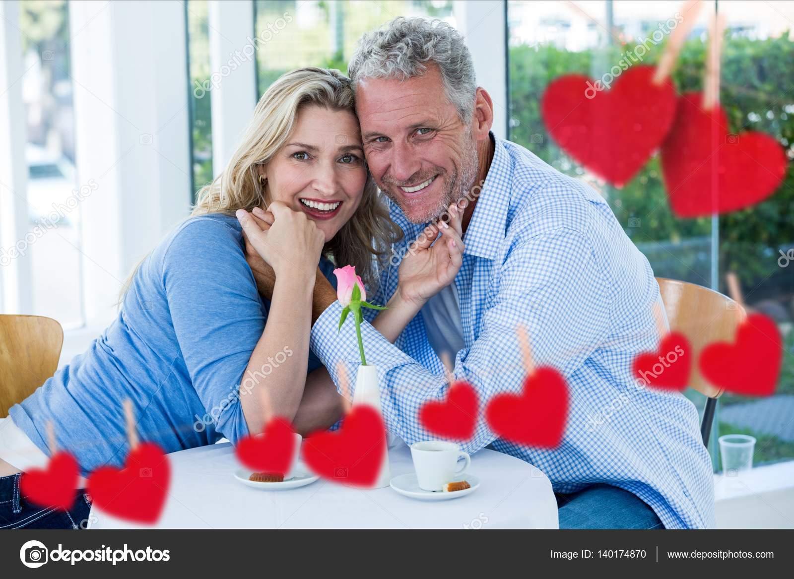 είναι ομοιόμορφη dating com δωρεάν