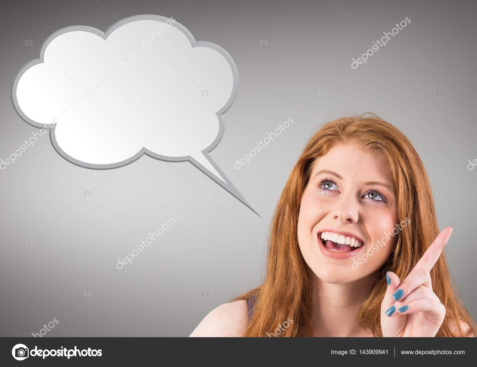 69927b845cf2 Imagen digital compuesta de mujer sonriente con el bocadillo de diálogo en  blanco sobre fondo gris — Foto de Wavebreakmedia