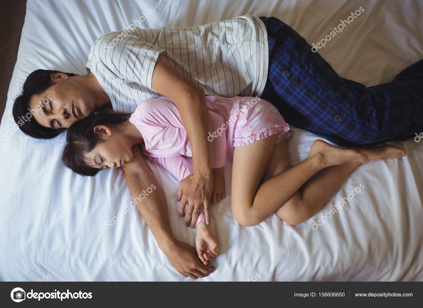 Рассказы трахнул спящую маму, Порно рассказы спящая мама читайте бесплатно онлайн 22 фотография