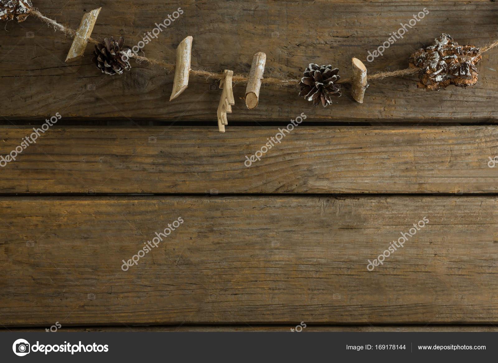 Draufsicht der Stäbchen und Zapfen mit Seil — Stockfoto ...