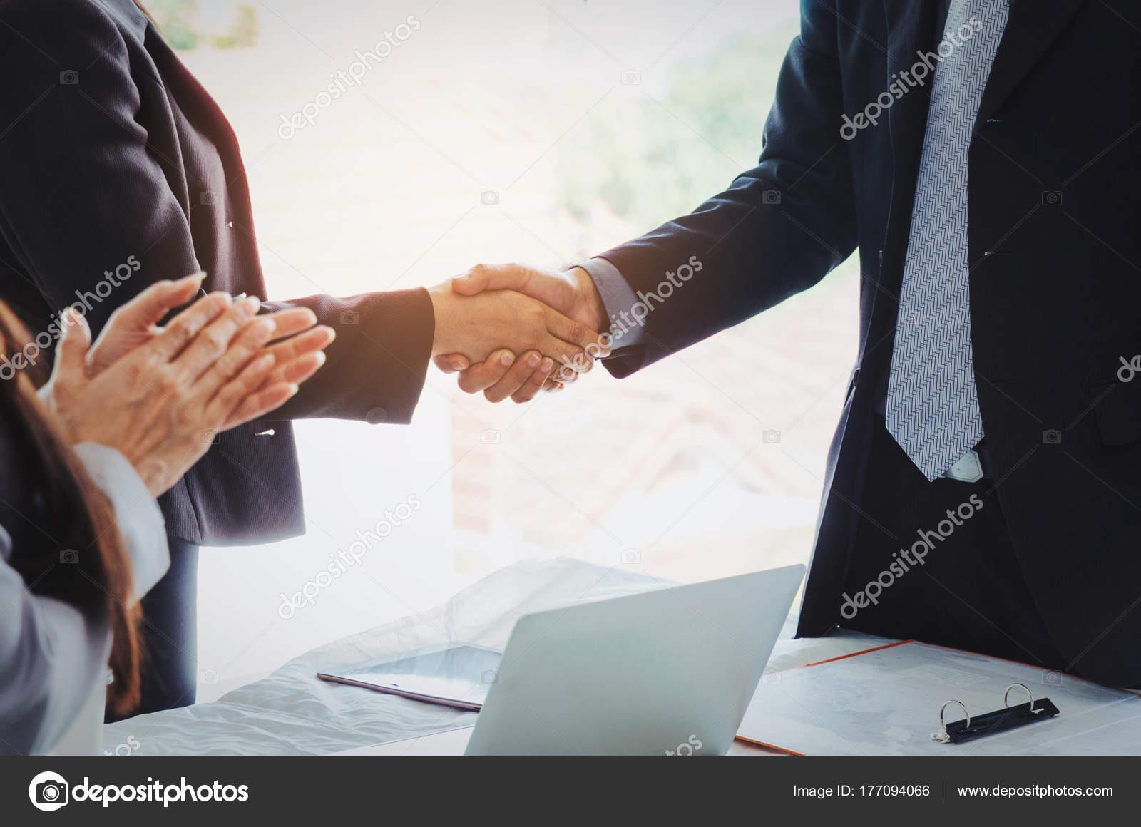Rencontre affaire connexion