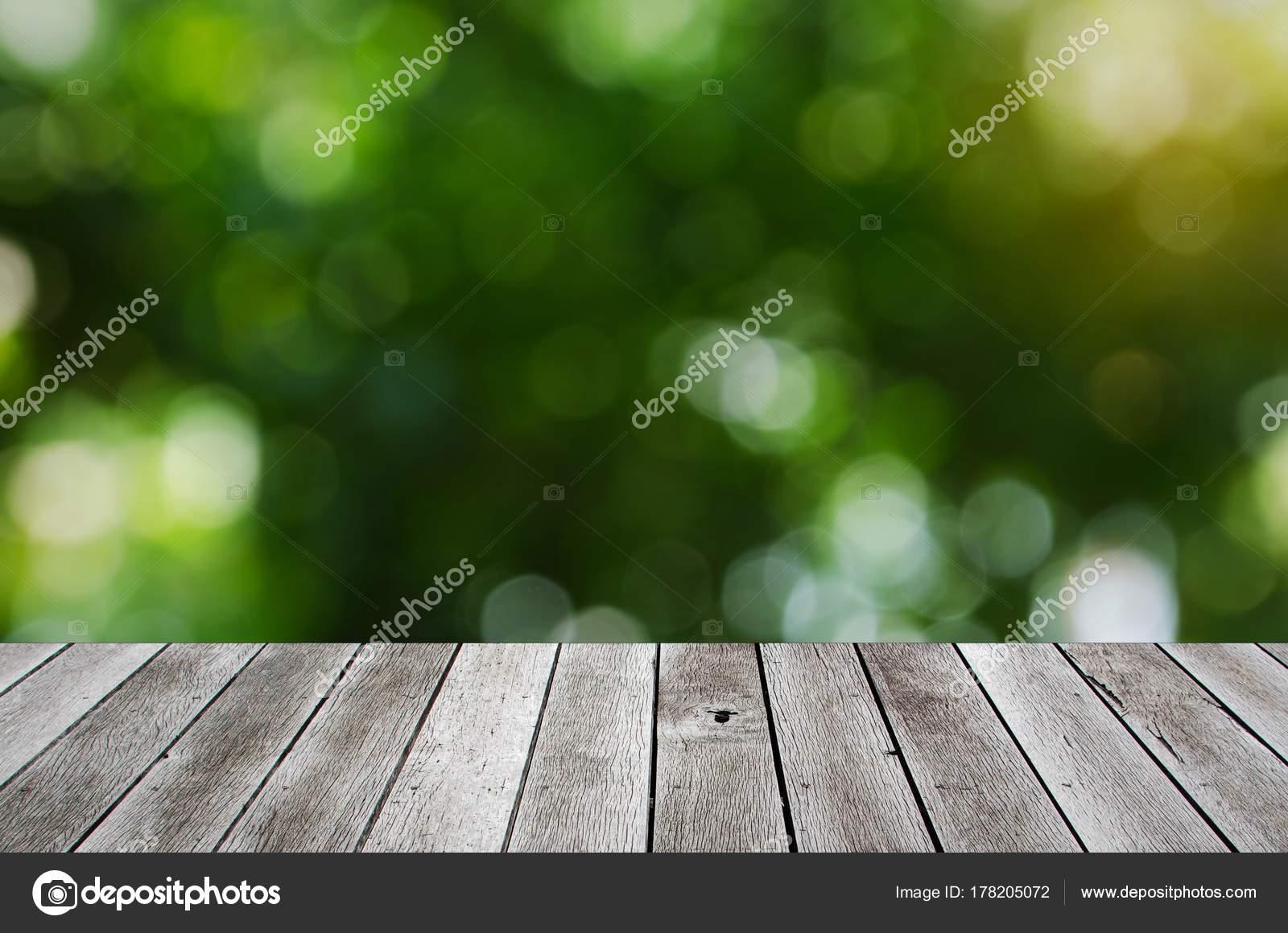Terrasse bois bureau avec espace copie pour affichage présentation