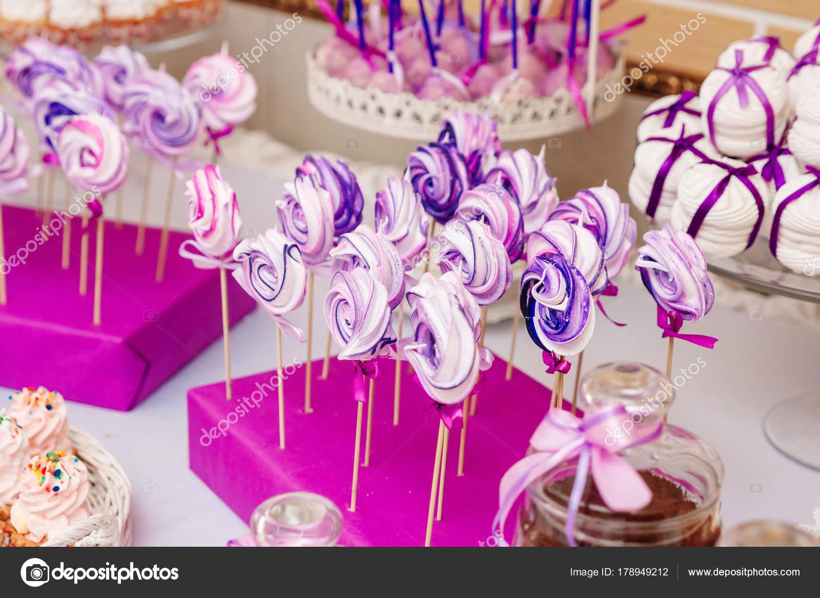 Tavolo Compleanno Bambina : Tavolo dessert alla festa compleanno bambini torta caramelle