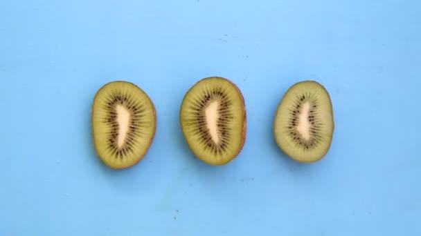 Kiwi fruit, art style