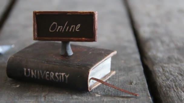 Univerzita online kurzy