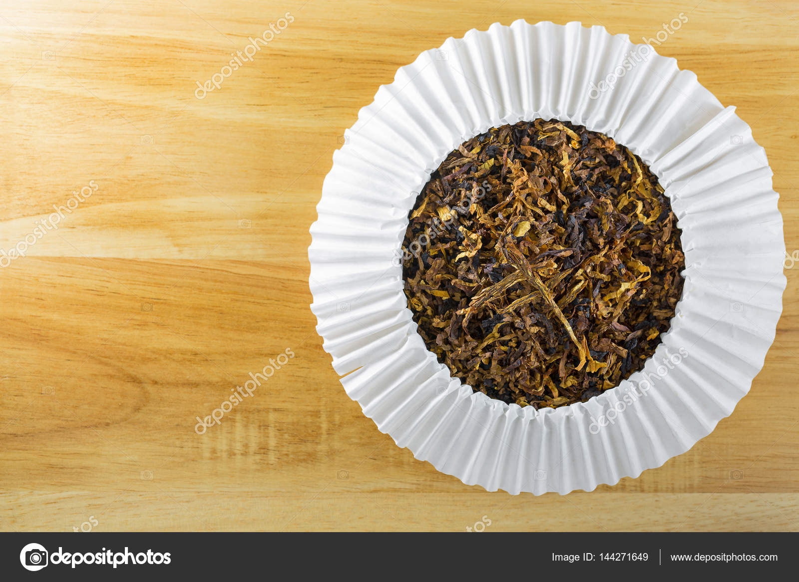 Classic blended aromatic pipe tobacco with vanilla flavor on bri u2014 Stock Photo & Classic blended aromatic pipe tobacco with vanilla flavor on bri ...