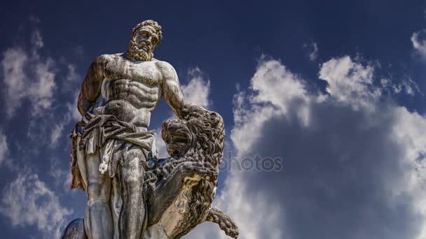 Zeit Ablauf Statue des Herkules Oberschleißheim bei München, Deutschland