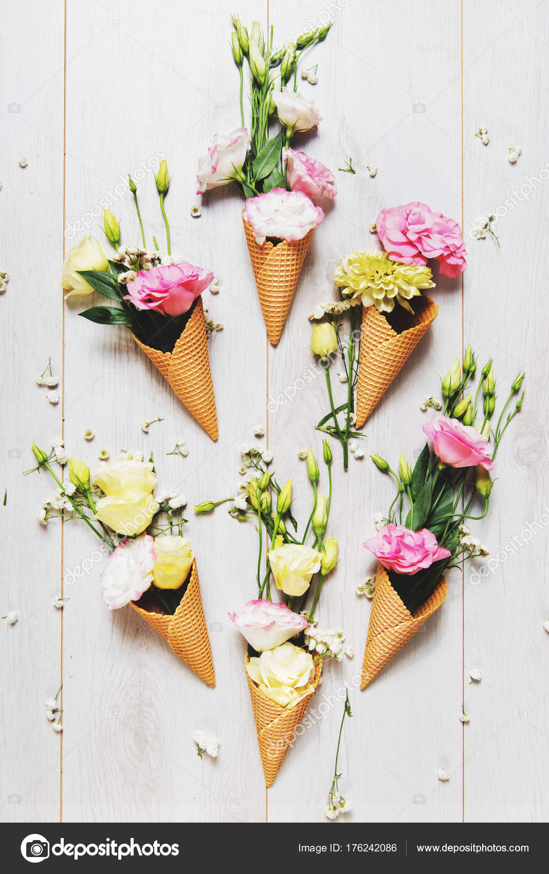 Bright Flowers and Ice cream cones — Photo by ...