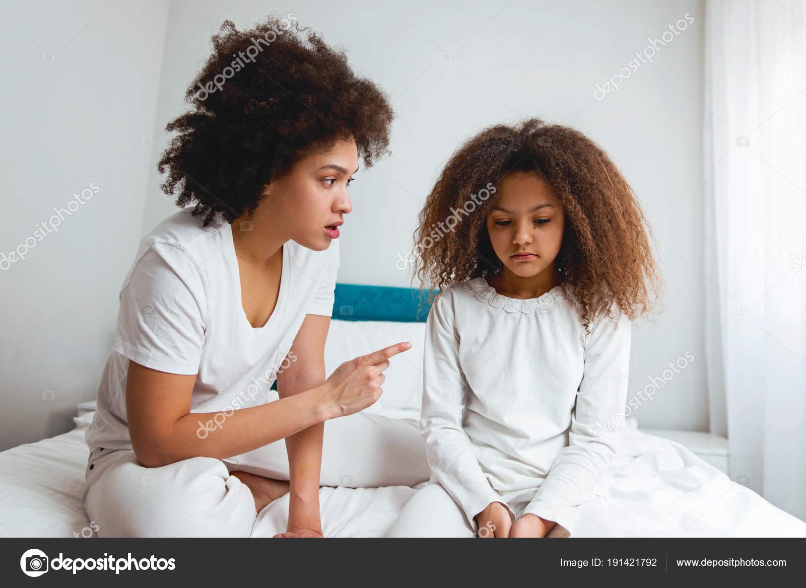 Mamma insegnare figlia a sesso