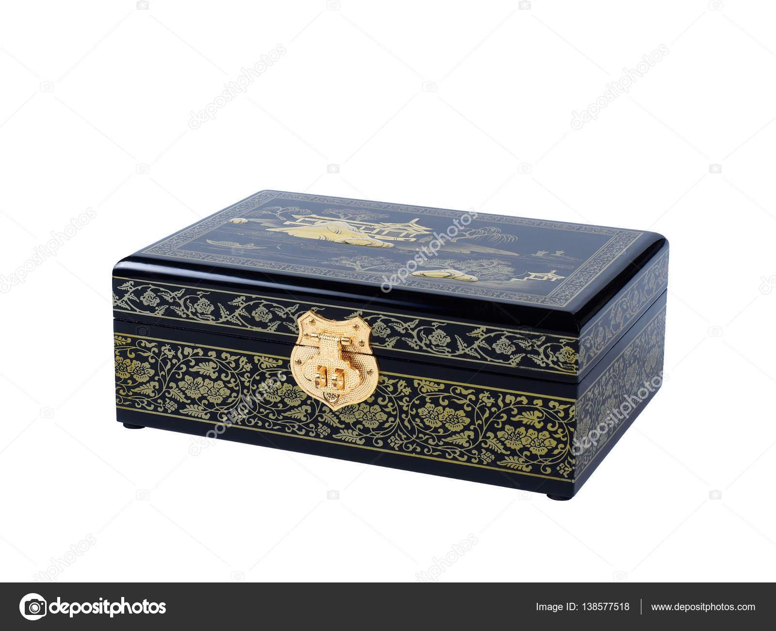 Dipingere Portagioie Di Legno : Portagioie in legno scuro isolato su priorità bassa bianca u2014 foto
