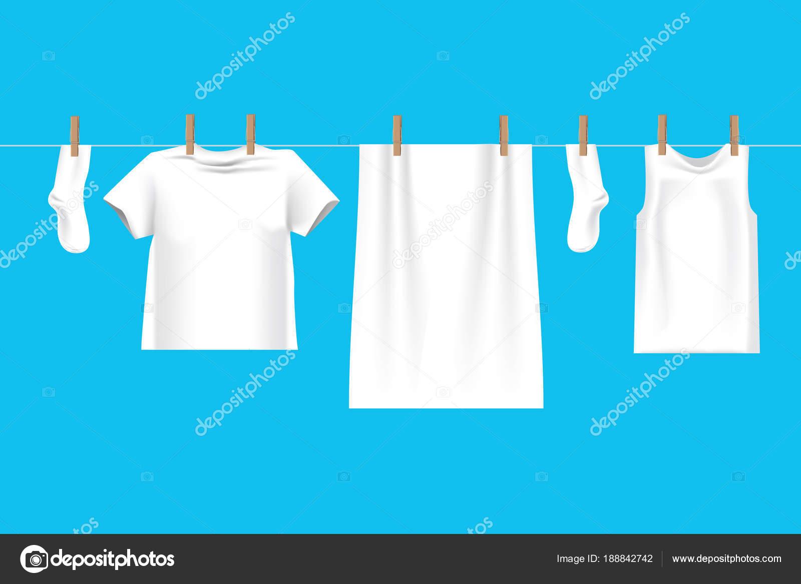 Helle weiße Kleidung auf der Wäscheleine auf Draht zum Trocknen ...