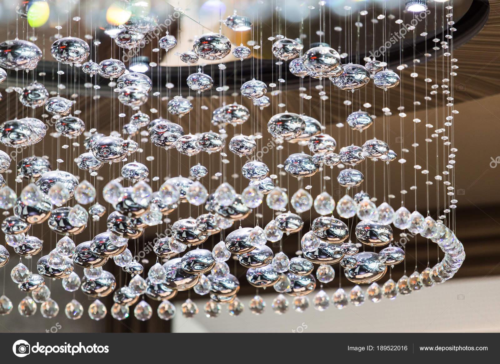 Kronleuchter Kristall Silber ~ Wie reinigt man kronleuchter kronleuchter und lüster finden