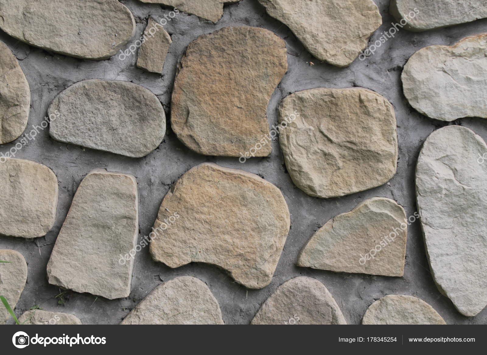 big rock mehrere würfel. eine mauer bauen — stockfoto © didi_my_name