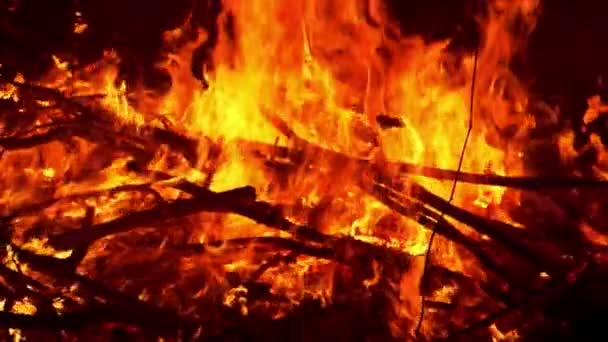 Fire Flame Burning Lassú mozgás / Fényképezés nagy sebességű kamerával.