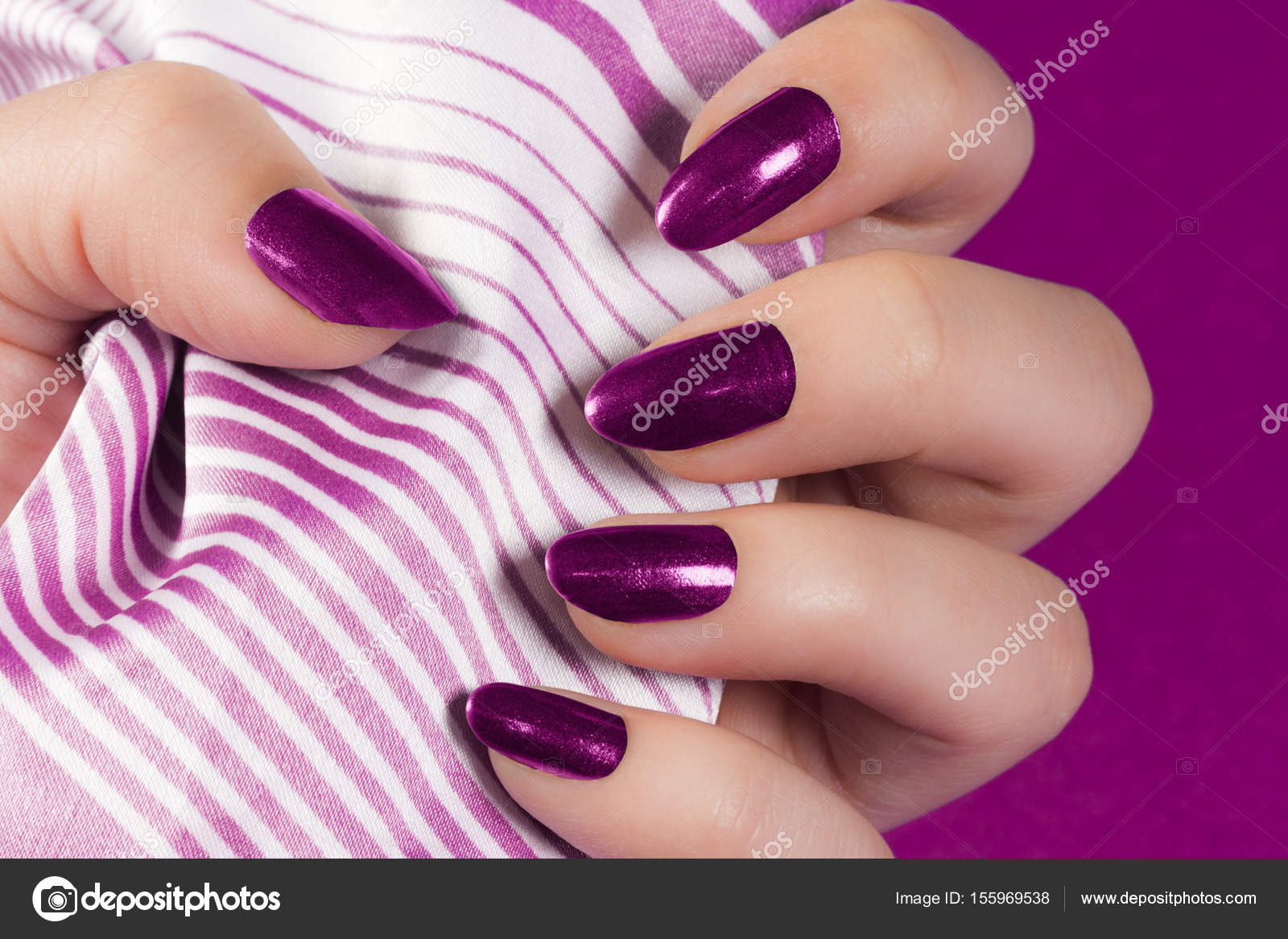 dark pink nails — Stock Photo © gyurma #155969538