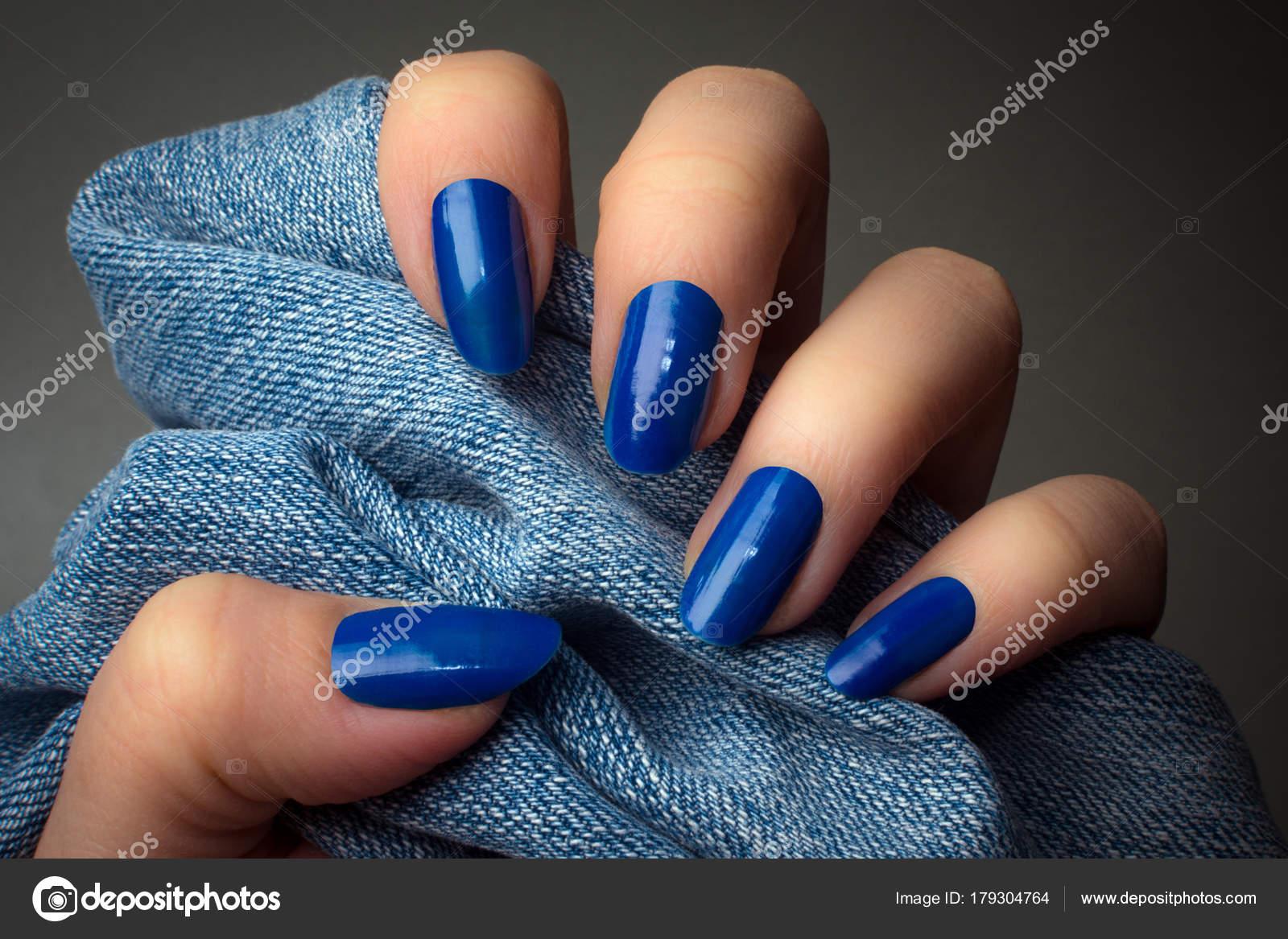 Красные ногти белый френч фото