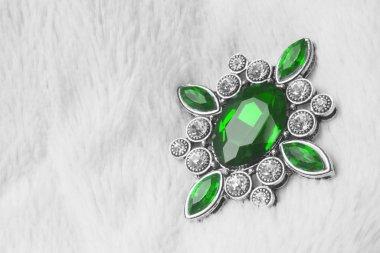 green smaragd jewelry