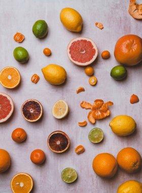 grapefruits and lemons