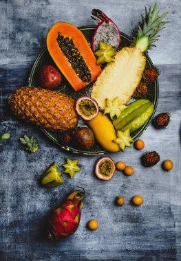 papayas and carambola