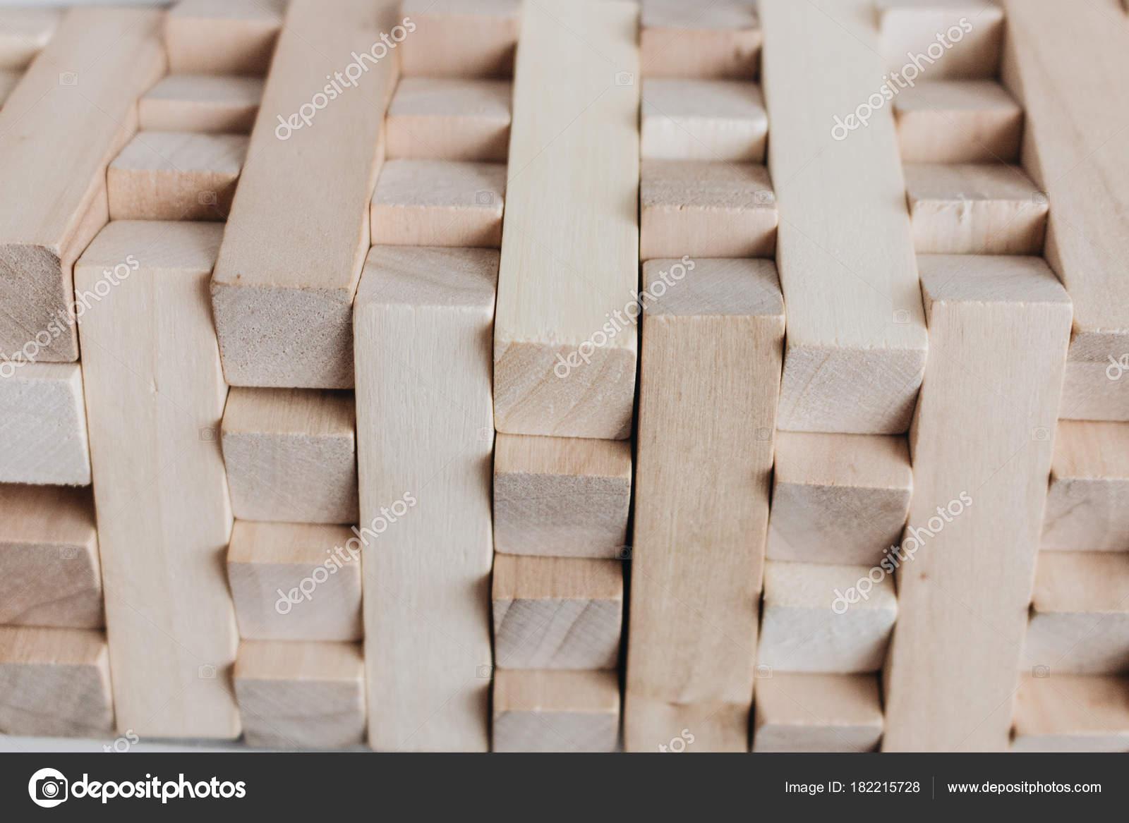 Construccion Pequenos Bloques Madera Para Juego Mesa Jenga Foto De