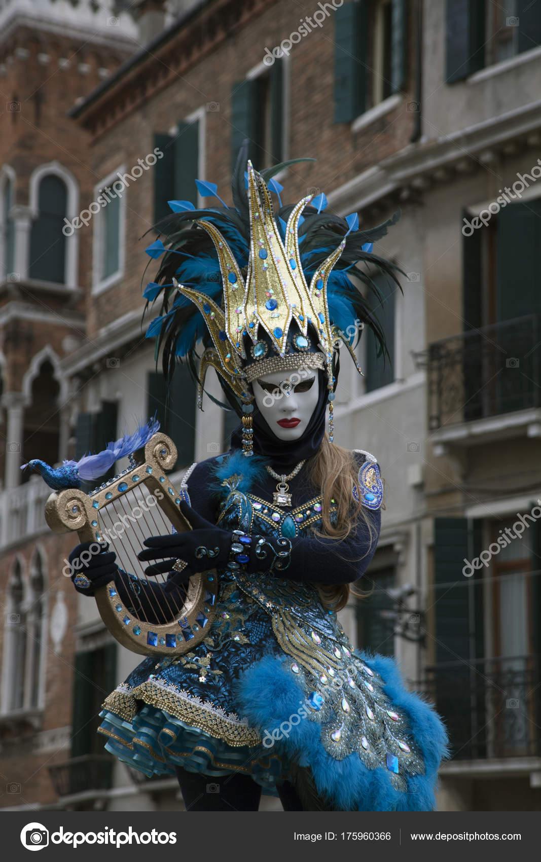 cerca le ultime amazon disegni attraenti Figura Carnevale Veneziano Costume Colorato Maschera Venezia ...