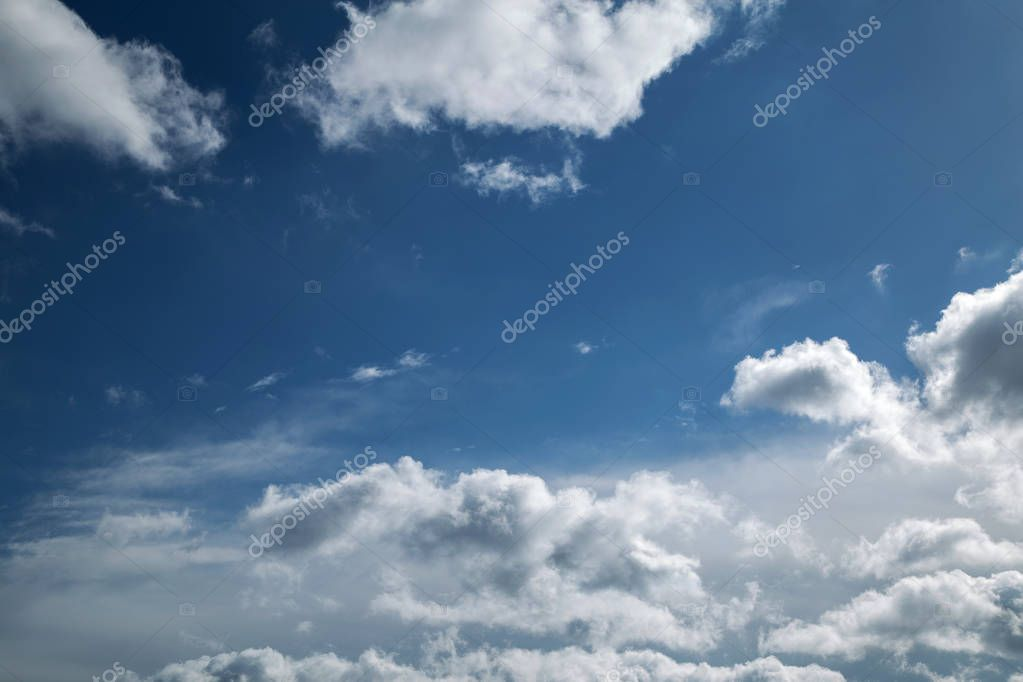 online translator bright blue sky