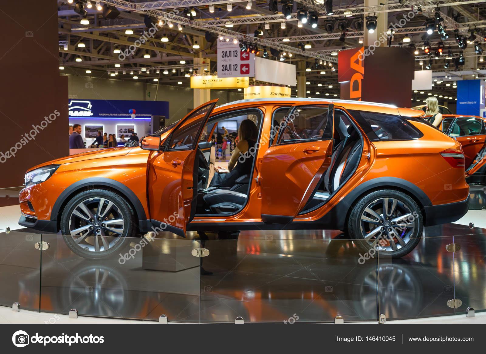 Cross 2016 Vaz À Moscou Août Concept Présenté Vesta Lada Mias CAwqvXq