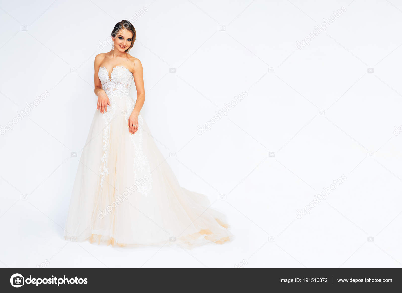 Fein Vestido De Novia Jahrgang Bilder - Brautkleider Ideen ...