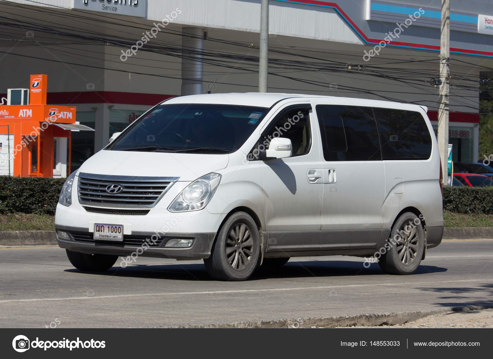 Luxury Van from Hyundai Korea. Hyundai H1. – Stock Editorial ...