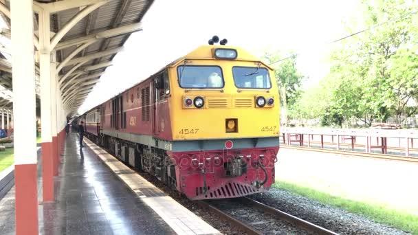 Train no.52 Route Bangkok and Chiangmai