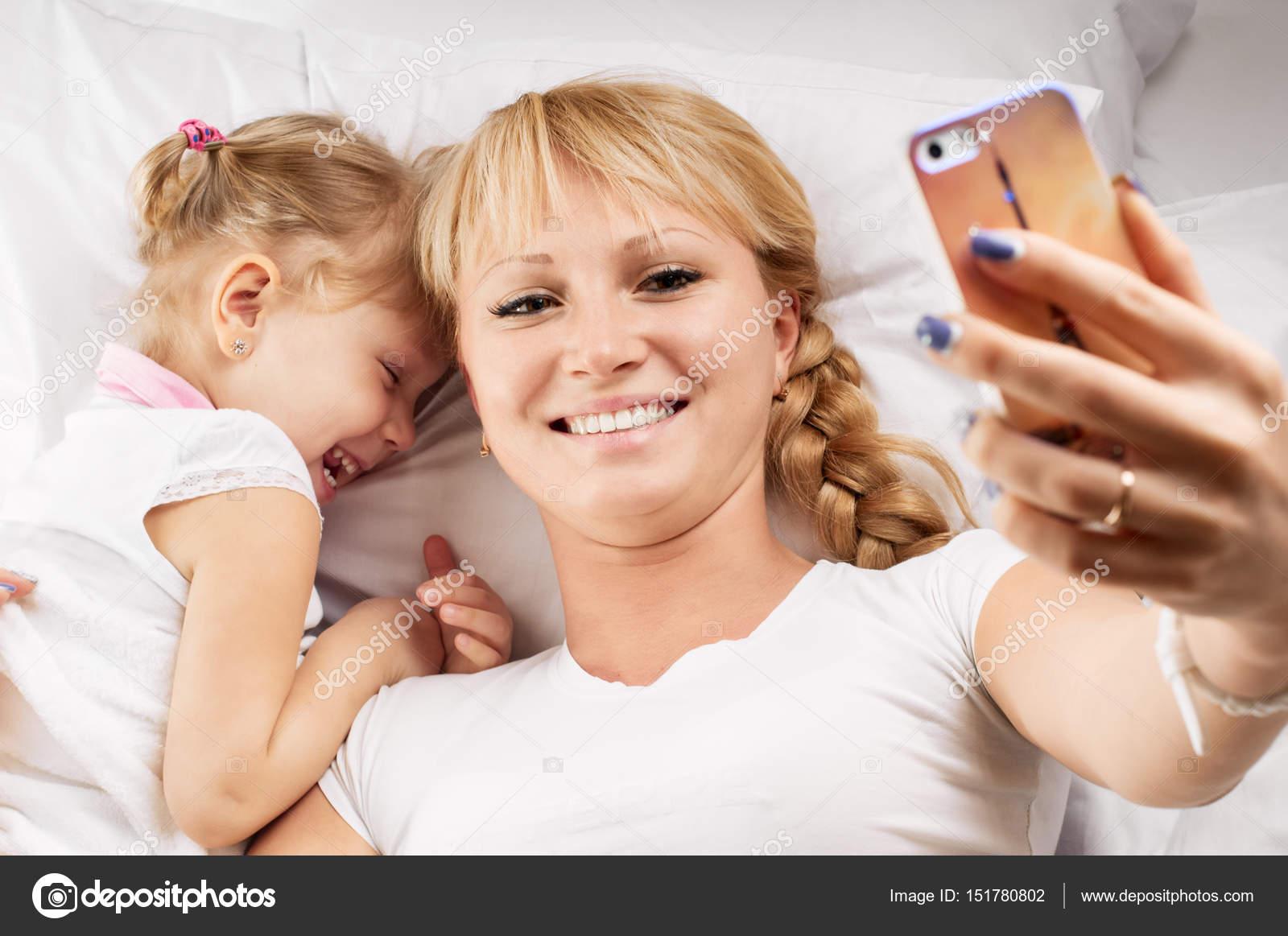 Фото мамы и дочки без лица, Мамы и дочки (19 фото) 19 фотография