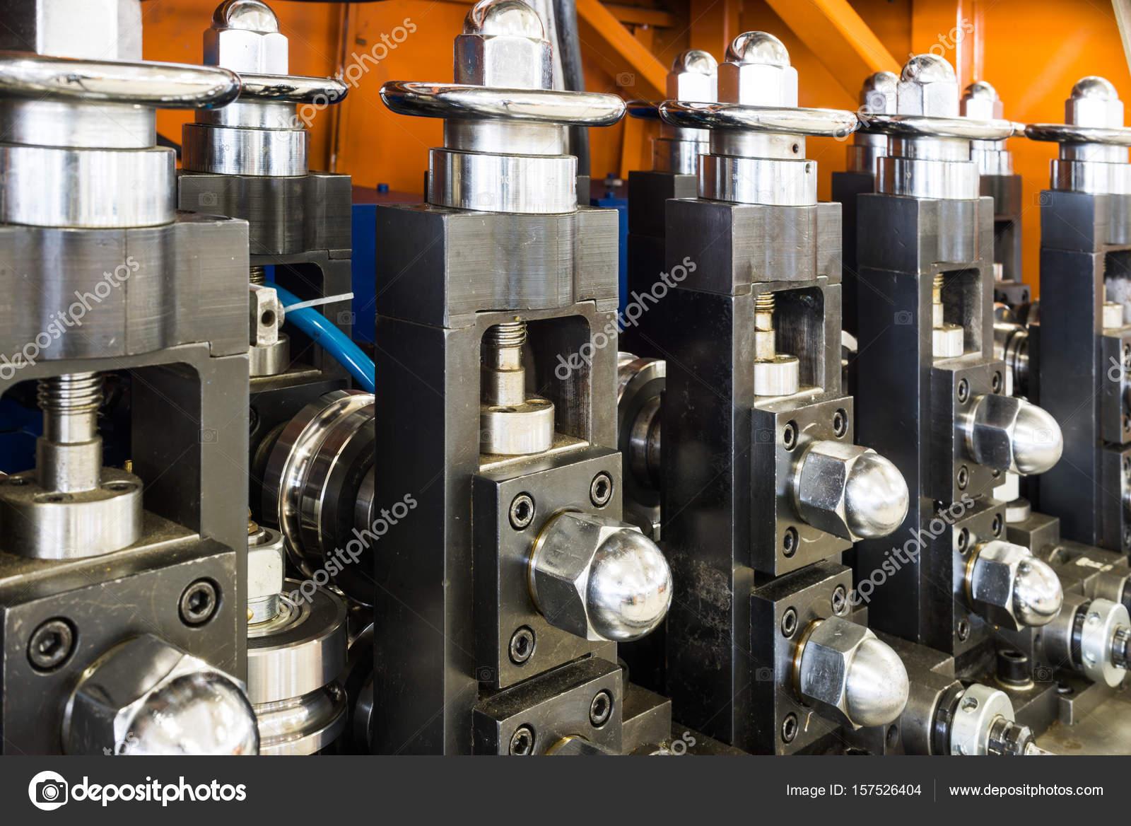 Drahtziehen Ausrüstung — Stockfoto © Nordroden #157526404