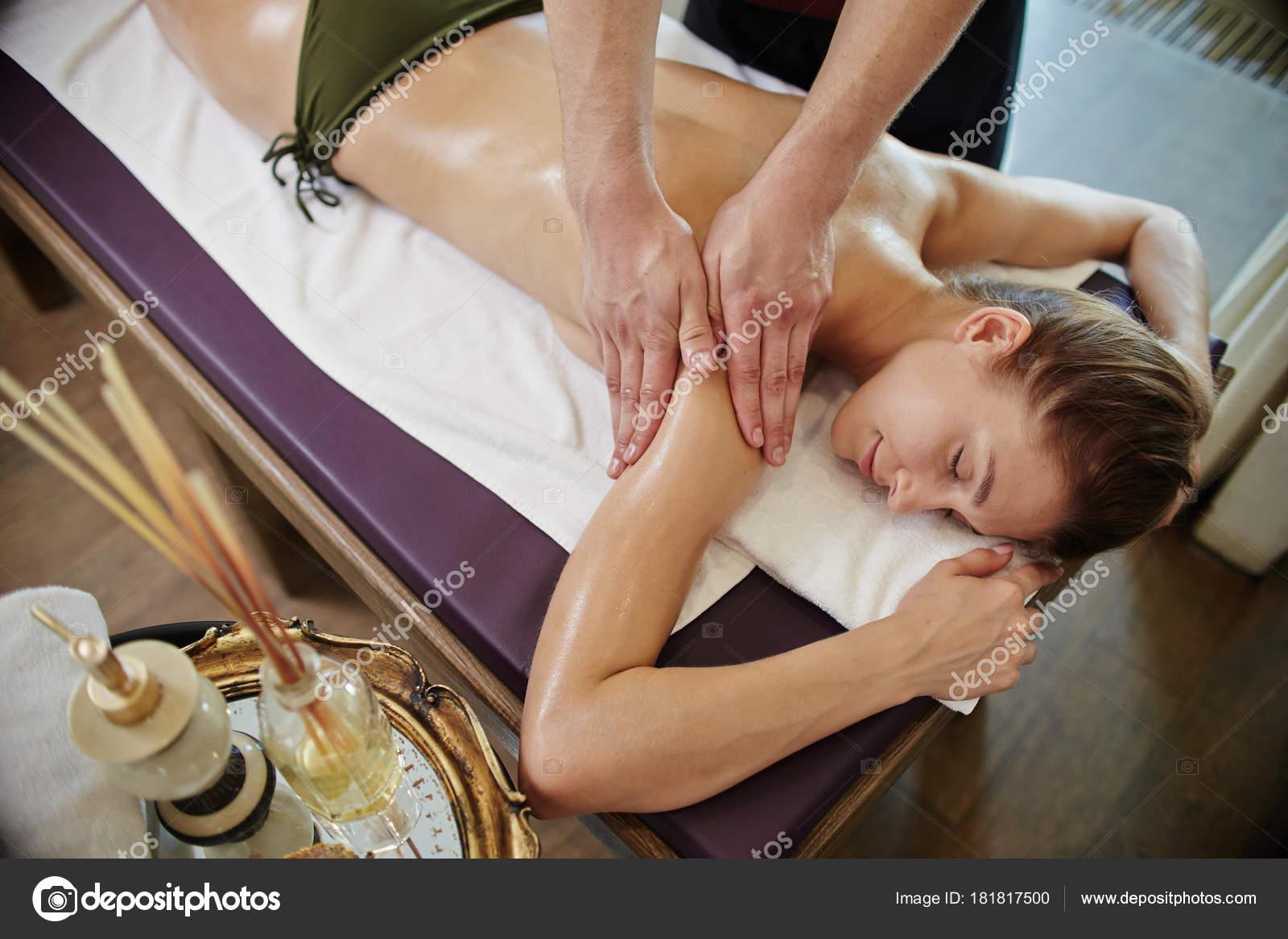 Секс принудительный на массаже, Порно видео с массажем, делает массаж парню 11 фотография