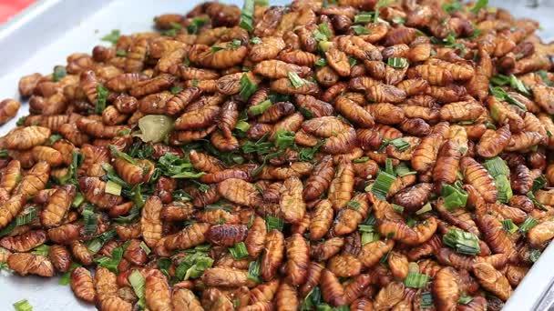 Eheto fergek, Az ehető rovaroké és férgeké a jövő | Euronews