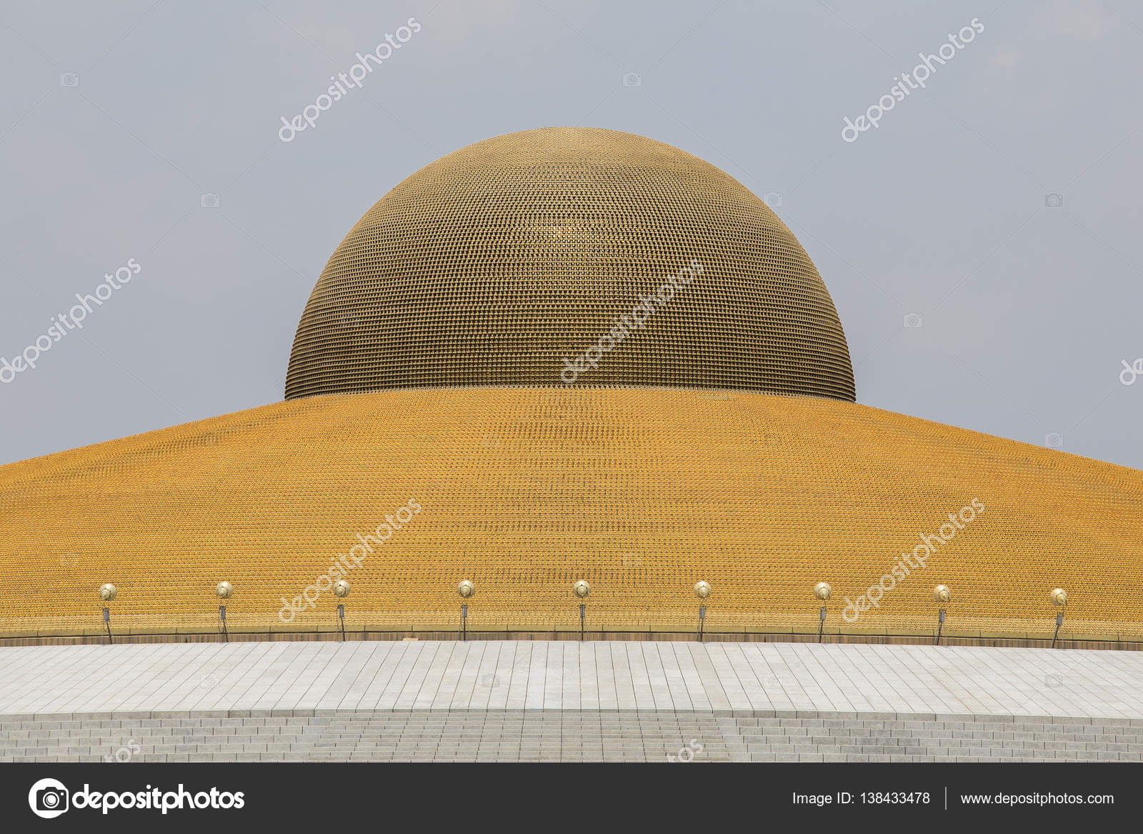 Wat Phra Dhammakaya Buddhist Temple In Bangkok Thailand Stock