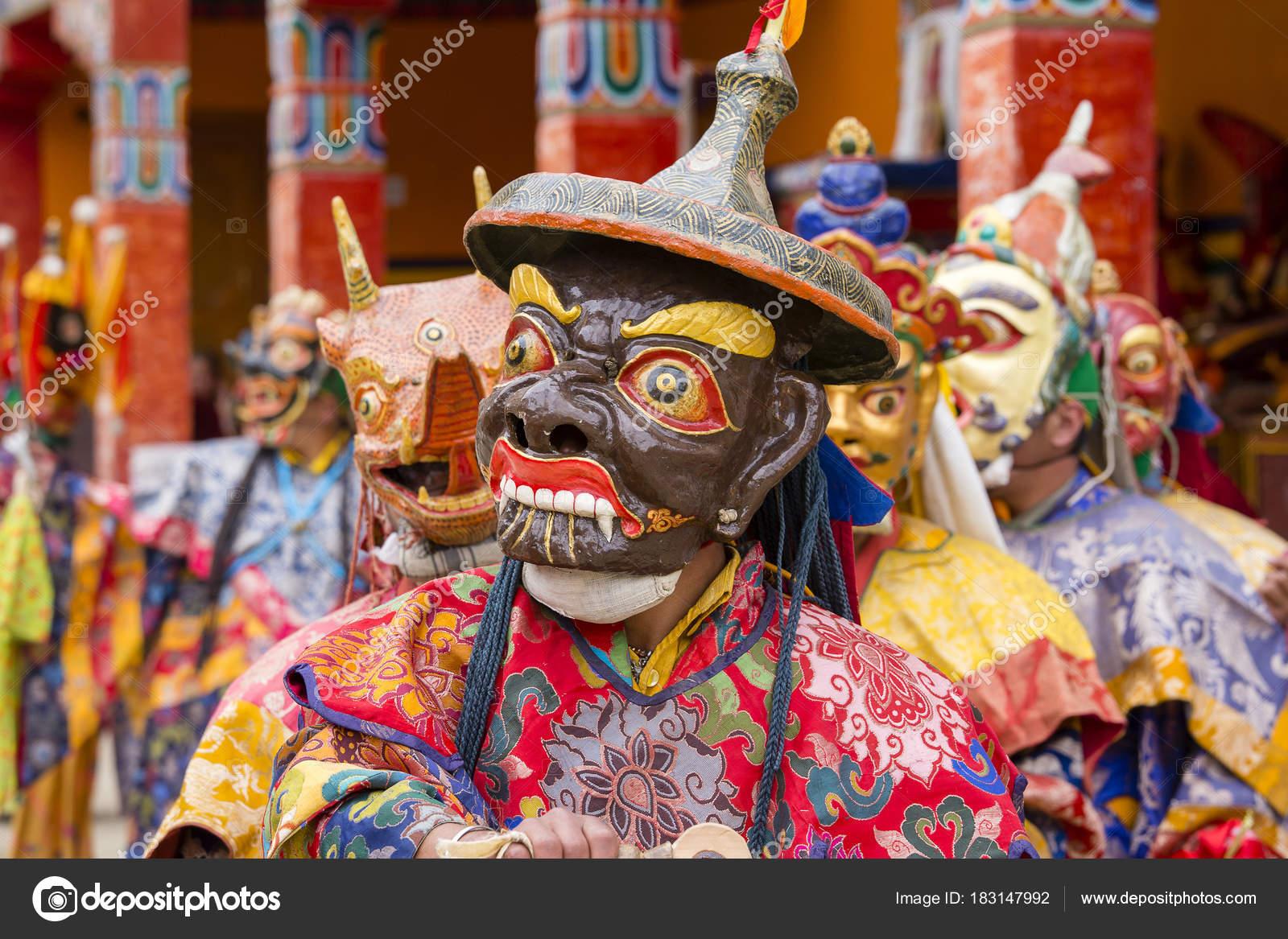 985b4bba1 Buddhist lamas dressed in mystical mask dancing Tsam mystery dance in time  of Yuru Kabgyat Buddhist festival at Lamayuru Gompa, Ladakh, North India–  Stock ...