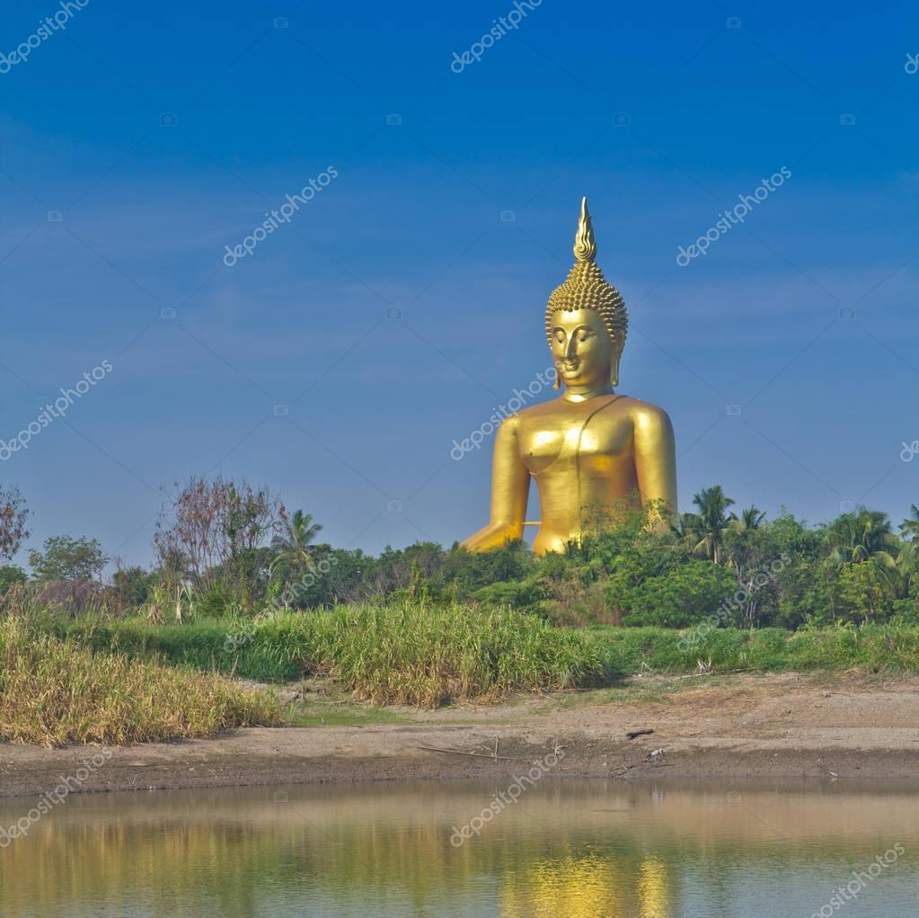 Golden Buddha big  statue