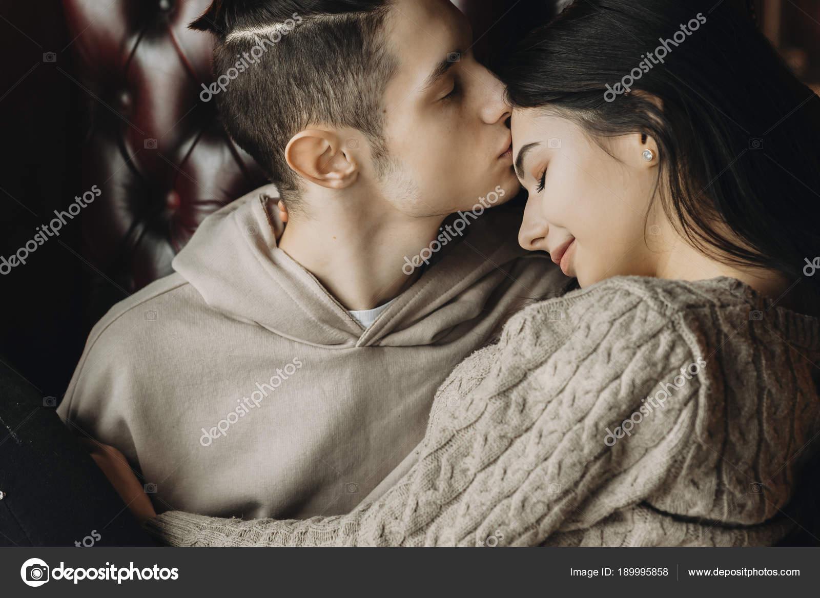 girl-young-sweet-couples