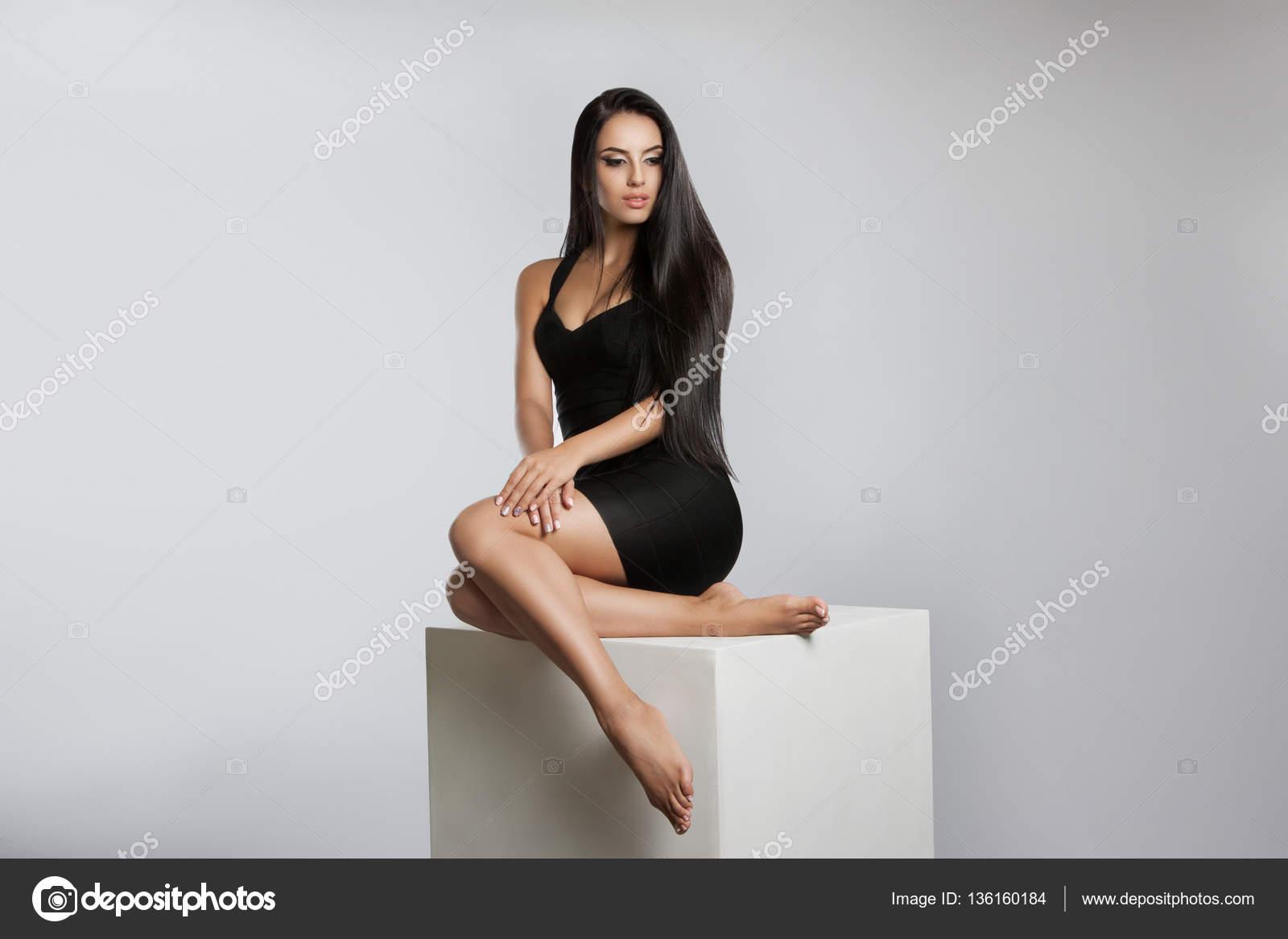 Девушка позирует флто фото 18-37