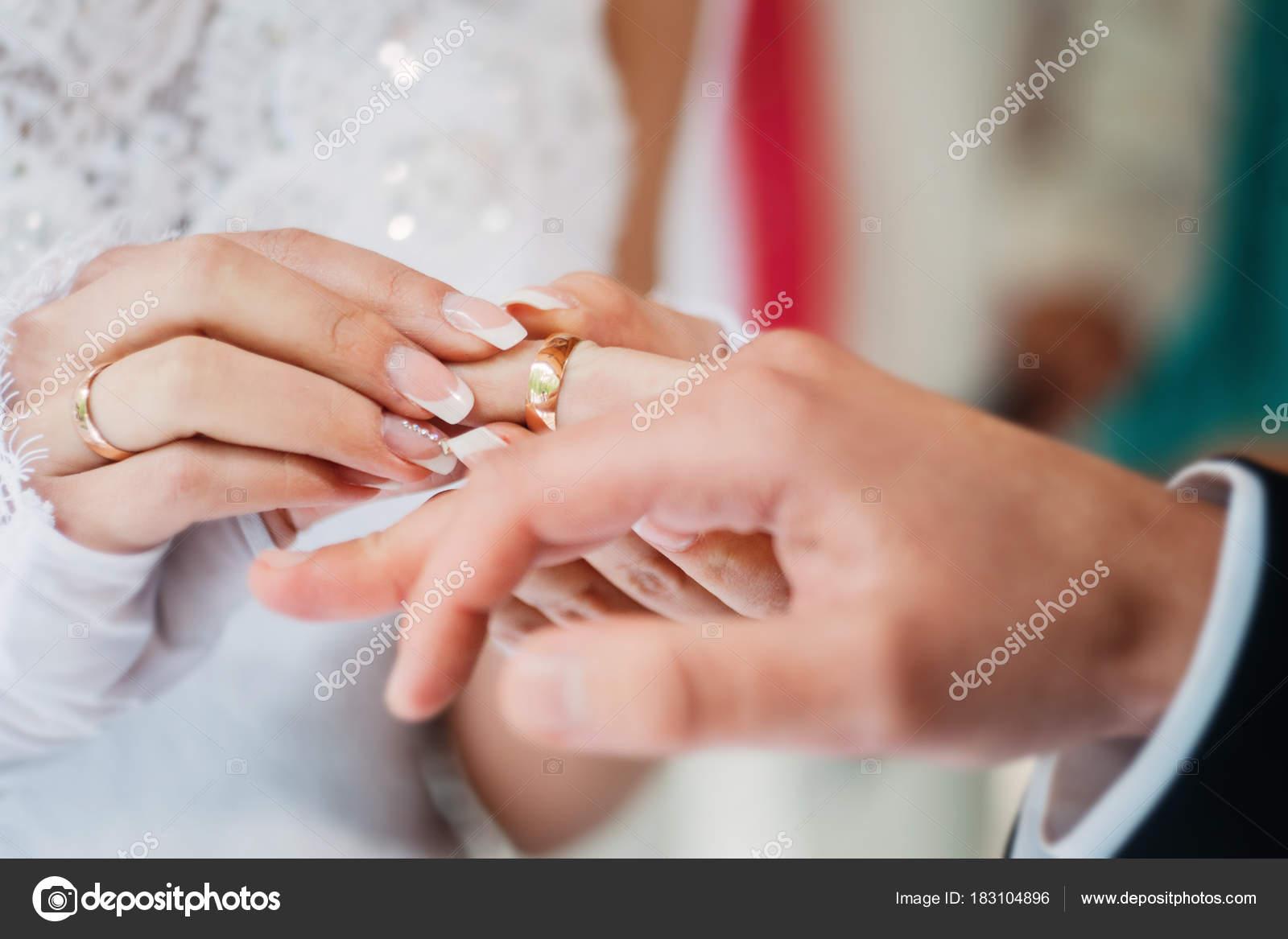 Wedding golden ring — Stock Photo © sashamolly #183104896
