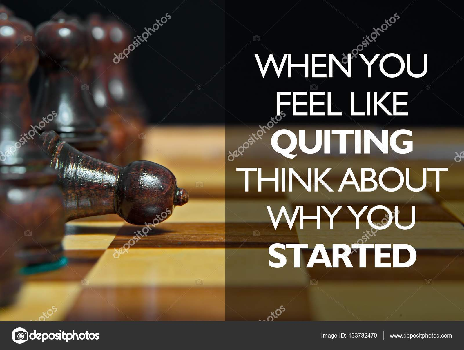 Figuras De Ajedrez Con Mensaje Motivacional Fotos De Stock