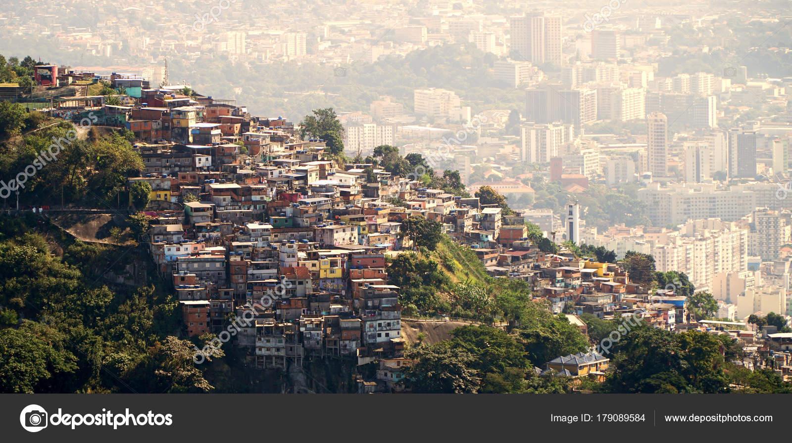 Risultati immagini per favelas no morro a rio