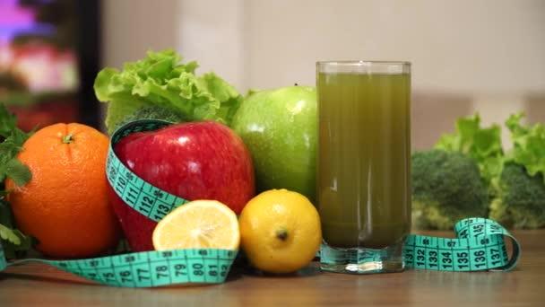 Egészséges gyümölcsök és az étrend koncepció