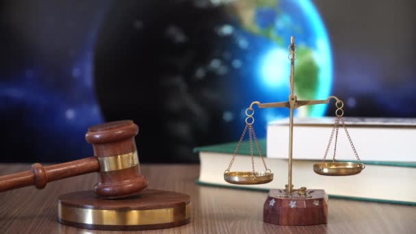 Justice for Earth. Judge Mallet and Rotating Earth.