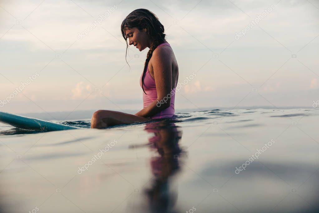 Фотообои surfer