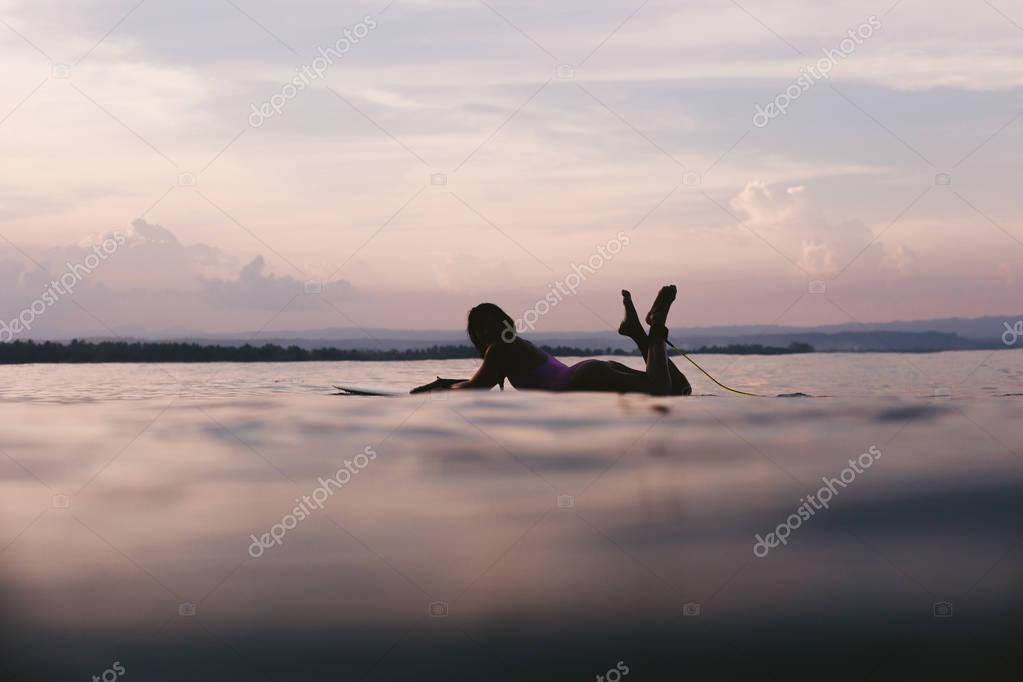Фотообои surfing board