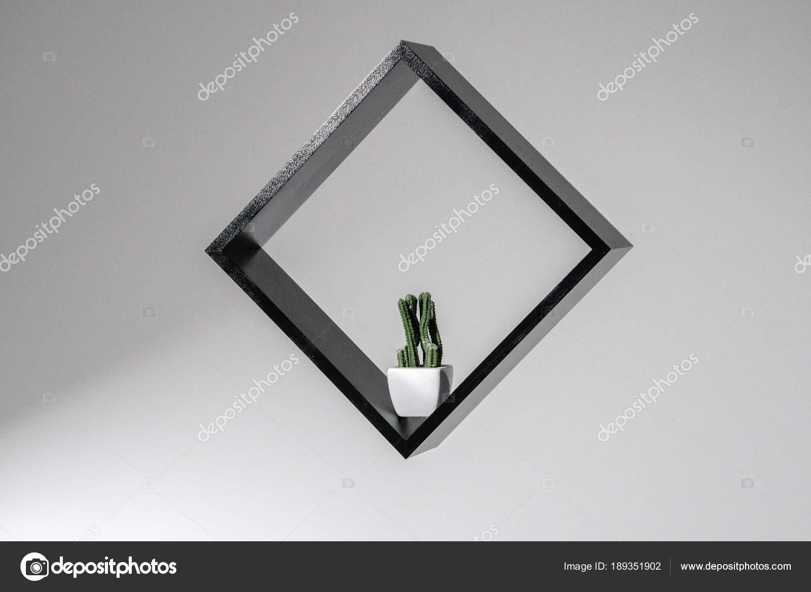 Schwarzes Quadrat Mit Ein Kaktus Isoliert Auf Weißem Hintergrund ...
