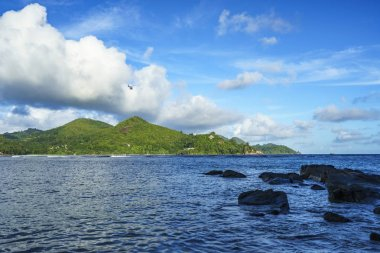 helicopter over the baie lazare, seychelles 2